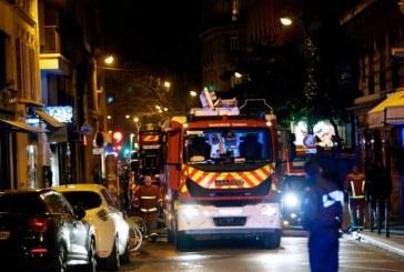 Cel putin o persoana a murit intr-un incendiu izbucnit intr-un spital de la marginea Parisului