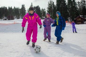Peste 120 de copii si tineri cu nevoi speciale din judetul Maramures au participat la Jocurile Speciale de Iarna 2019 (FOTO)