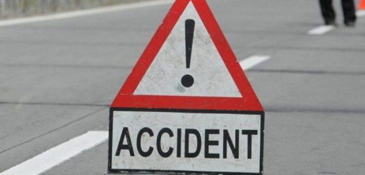 Accidentele se tin lant, in Maramures: Autoturism proiectat intr-o alta masina, dupa ce a intrat pe contrasens. Trei persoane au fost ranite