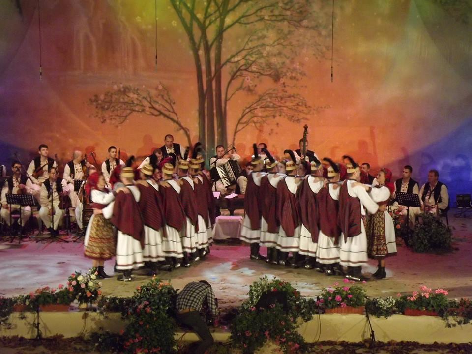 Baia Mare: Concert extraordinar cu ocazia aniversarii a 60 de ani de activitate aAnsamblului Folcloric National