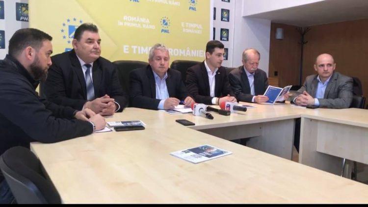 Daniel Buda, prezent in Maramures. Europarlamentarul a venit cu vesti bune pentru fermieri. 100.000 euro se pot accesa prin fonduri europene (VIDEO)