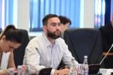 Niculescu Tagarlas il acuza pe Zetea ca vrea sa cumpere votul cetatenilor folosindu-se de un program care vizeaza cresterea natalitatii in Maramures