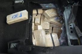 Traficanti de droguri spanzurati in Iran