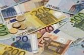 Euro a scazut la minimul ultimelor doua saptamani