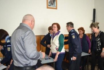 Jandarmii maramureseni le-au oferit martisoare colegelor