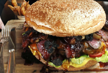 Japonia – Un mega-burger de 800 de euro, pentru celebrarea noului imparat