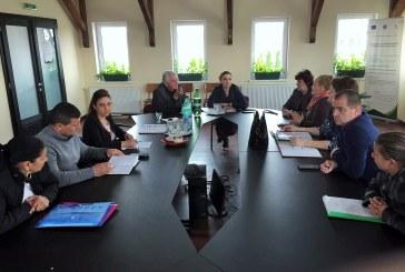 Masuri de prevenire a abandonului scolar de catre elevii de etnie roma din comuna Coltau