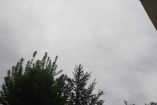 Meteo: Ploi, descarcari electrice si grindina prognozate pentru astazi