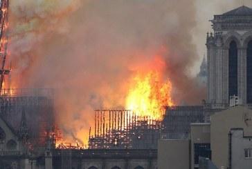 Incendiu de la Notre-Dame: Ancheta continua, rezistenta structurii ar putea fi afectata