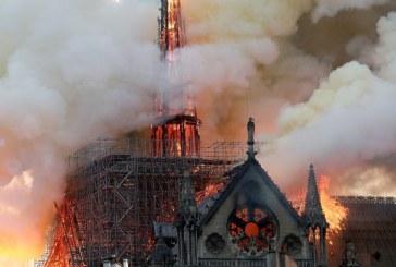 Notre-Dame este inca in pericol de a se prabusi dupa incendiul din aprilie