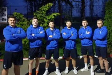 Antrenorul Razvan Popovici si sase sportivi ai CSS 2 Baia Mare la Europeanul de Rugby U18
