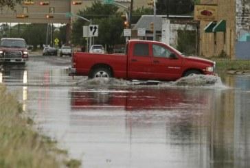 Opt persoane si-au pierdut viata in timpul furtunilor puternice care au lovit sudul Statelor Unite