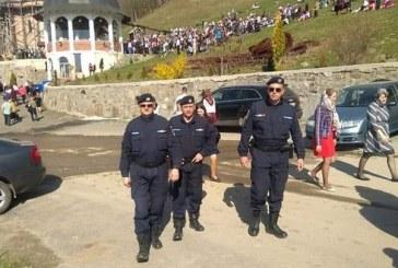Jandarmii maramureseni vor supraveghea buna desfasurare a slujbelor religioase de la doua lacasuri sfinte din judet