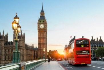 Datoria publică a Marii Britanii a trecut de 2.000 de miliarde de lire sterline