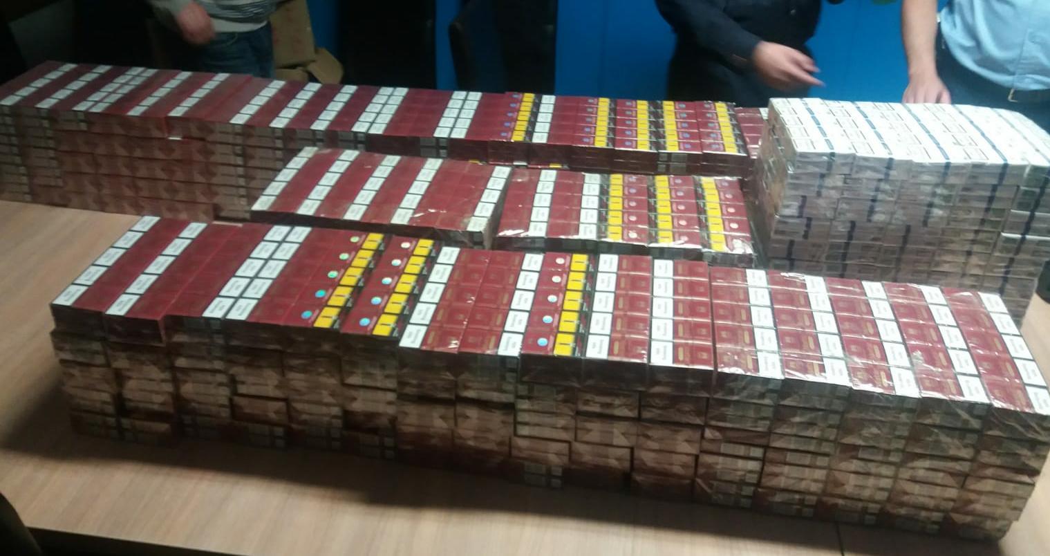 Contrabanda la Viseu de Sus - 30.000 de tigarete confiscate de politisti