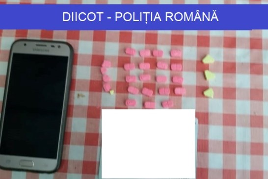 (FOTO) Procurorii DIICOT si ofiterii BCCO au descins, astazi, la casele traficantilor de droguri din Oradea