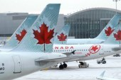 O pasagera a Air Canada a adormit si s-a trezit abandonata la bordul unui avion