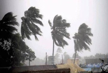 Ciclonul Vayu si-a schimbat traiectoria si va afecta doar coastele vestice