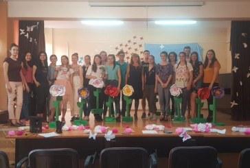 "Elevii Colegiului National ""Mihai Eminescu"" au fost premiati, in proiectul ""Cetateni europeni-sa traim altfel, sa traim durabil"""
