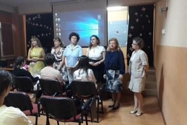 """Elevii Colegiului National """"Mihai Eminescu"""" au celebrat astazi, Ziua Internationala a Mediului. Tot aici a avut loc si o inedita parada a modei (VIDEO&FOTO)"""