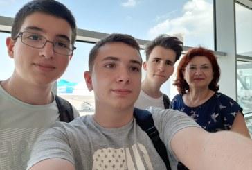 Sibiu: Trei liceeni concureaza la Olimpiada Geniilor din SUA