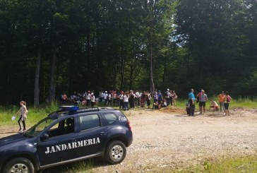 Peste 100 de copii din Iasi au invatat de la jandarmii maramureseni cum sa fie in siguranta in zonele montane
