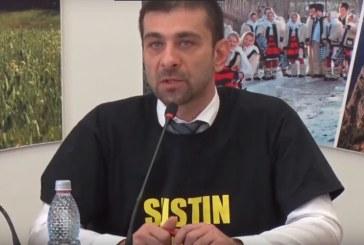 Jenant: Cu tricoul de sustinere a Scolii Liviu Borlan pe el, Zetea a votat pentru desfiintarea institutiei