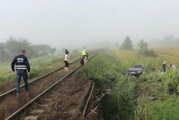 UPDATE: Tragedie in Maramures: O persoana a murit dupa ce masina in care se afla a fost lovita de tren (FOTO)
