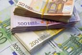 A patra zi cu euro la 4,73 lei