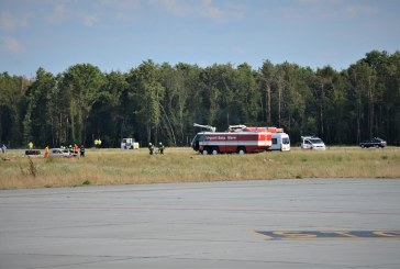 Exercitiu combinat desfasurat cu succes la producerea unui accident aviatic pe pista aeroportului international (FOTO)