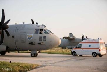 Un pacient cu arsuri pe 55% din suprafata corpului, transportat cu un avion militar romanesc la un spital din Italia