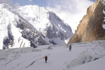 Alpinism: Alex Gavan a escaladat un nou varf de peste 8.000 de m, Gasherbrum 2