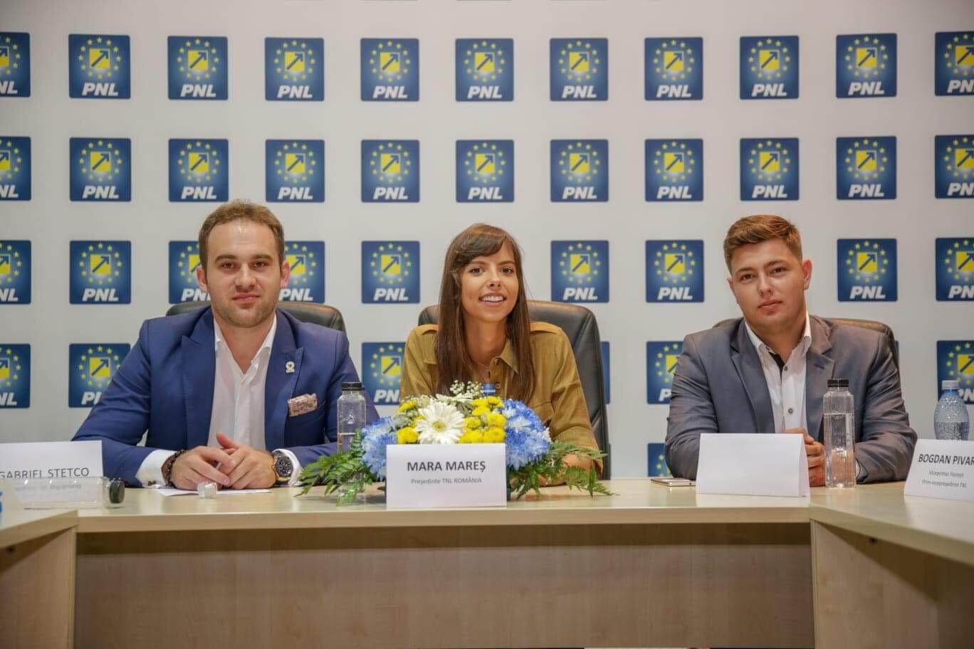 Alex Isac este noul presedinte al Clubului Studentilor Liberali Maramures (FOTO)