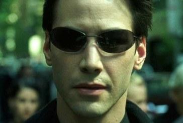 """Keanu Reeves va reveni in rolul Neo in cel de-al patrulea film din seria """"Matrix"""""""