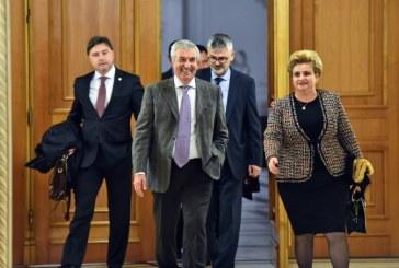 Ministrii ALDE Anton Anton, Viorel Ilie si Gratiela Gavrilescu au demisionat din Guvern
