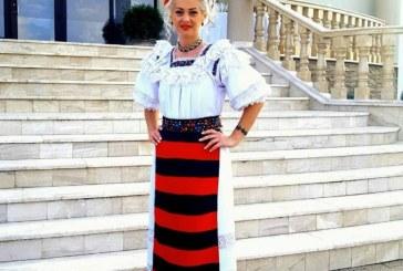 Anamaria Pop si-a pierdut viata, duminica, la Cicarlau. Solista s-a izbit cu autoturismul de un copac. Duminica trecuta a implinit varsta de 37 de ani