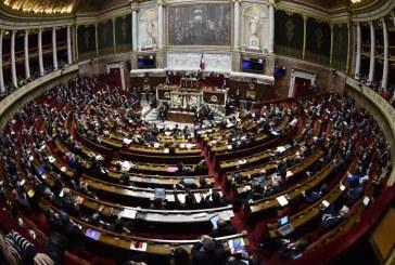 Guvernul francez doreste sa reduca numarul parlamentarilor cu un sfert