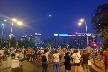 Protest in Bucuresti: Peste 15.000 de oameni in strada