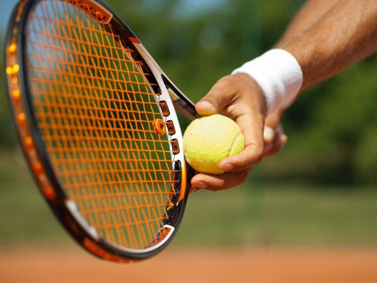 Tenis: Novak Djokovic si Roger Federer, calificati in turul trei la US Open