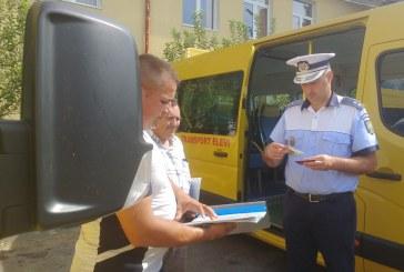 Maramures: Conducatorii de vehicule destinate transportului de elevi, instruiti de politistii rutieri