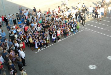 Elevii din invatamantul primar si prescolarii intra vineri in vacanta