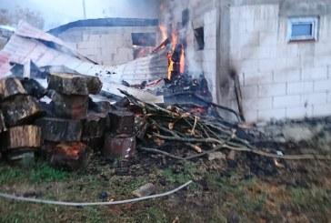 Incendiu la o casa din Inau (FOTO)
