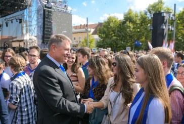 Iohannis catre studenti: La ultimele alegeri, ati distrus mitul tanarului apatic si pasiv care nu voteaza