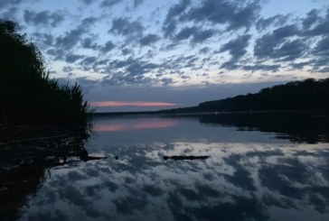 Fotografia zilei: Dimineata privita in oglinda Somesului, Maramures