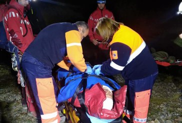Turist gasit inconstient intr-o rapa din zona Muntilor Tibles