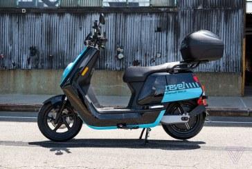 Baia Mare: Tânăr surprins pe Școlii cu un moped și fără să dețină permis de conducere