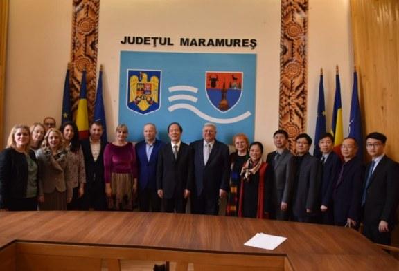 Parteneriat intre inspectoratele scolare si institutiile educationale din China si Maramures pentru predarea limbii chineze in judet