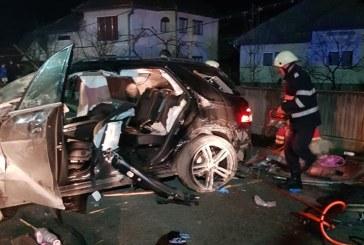 UPDATE: Accident rutier cu doua victime incarcerate la Viseu de Sus (FOTO)