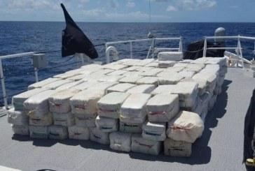 Agentia federala a Statelor Unite ale Americii a interceptat o nava care transporta cocaina in valoare de 47,5 milioane dolari