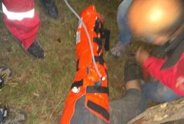 UPDATE: Salvamontistii maramureseni, interventie in cazul unui tanar cazut dintr-un utilaj (FOTO)